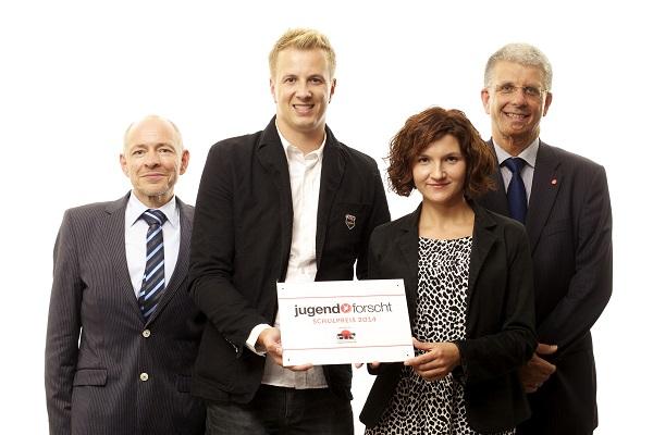 Pressefoto, jugend forscht Schulpreis 2014, gestiftet von CTS Gruppen- und Studienreisen GmbH