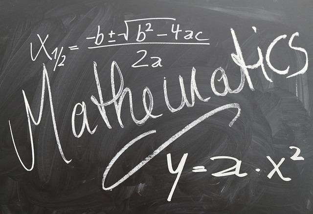 mathematics-572273_640
