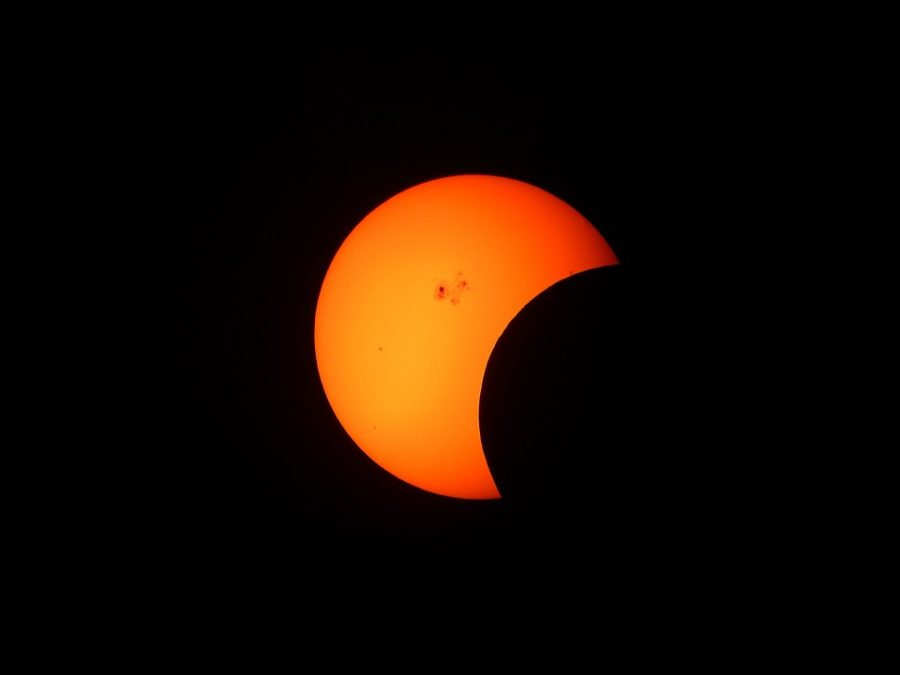 partial-solar-eclipse-1154215_960_720